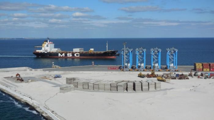 За 5 лет правительство планирует построить  15 глубоководных причалов в портах Украины