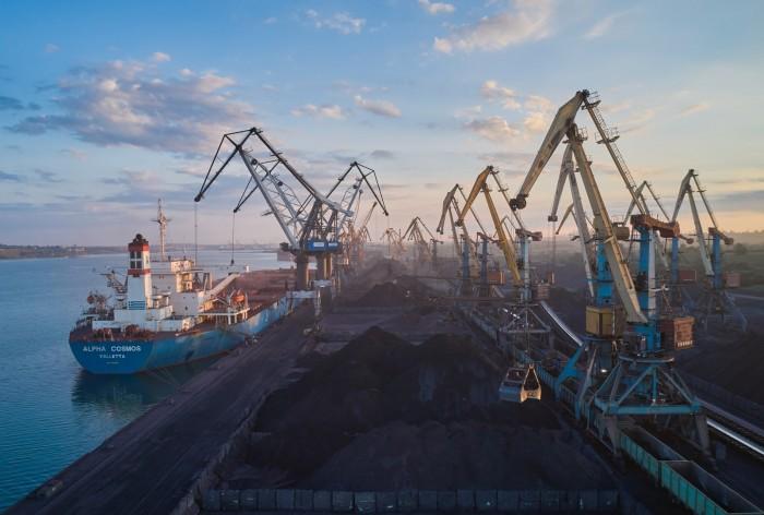 МТП Южный построит два объекта для обработки экспортных и импортных грузов