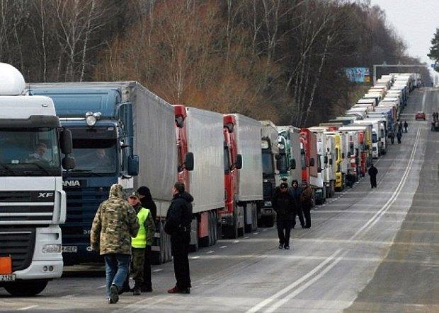Польша выделит 15 тыс. разрешений украинским грузоперевозчикам до конца 2019 года