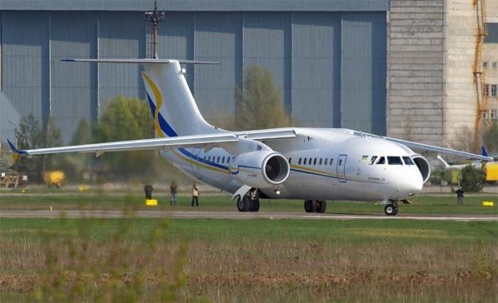 Зеленский обсудил создание национальной авиакомпании с французами