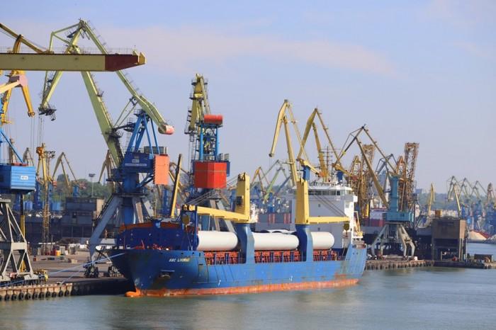 «Украэрорух», Мариупольский порт и АМПУ возглавили рейтинг стабильности госпредприятий в Украине