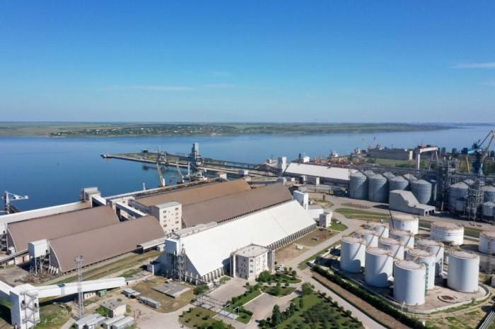 Терминал Ника-Тера перевалил 3,5 млн тонн грузов за 7 месяцев 2021 года
