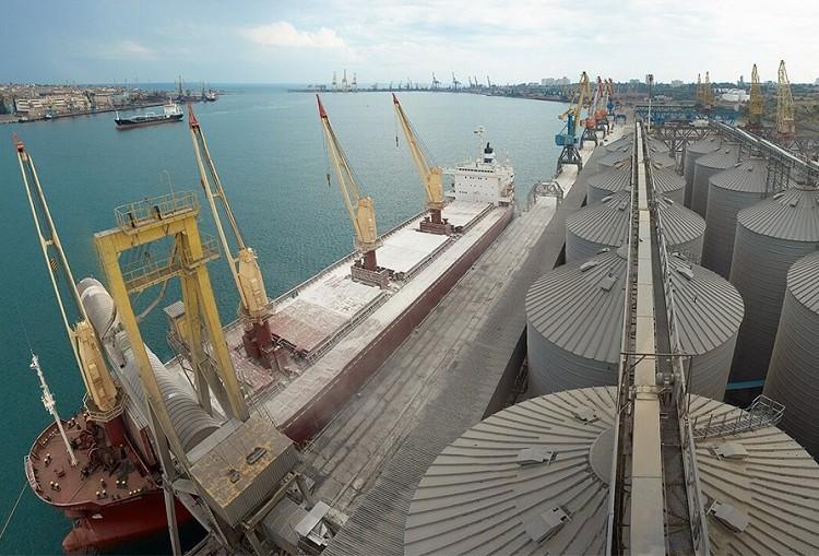 Экспорт зерна превысил абсолютный рекорд: более 44 млн тонн
