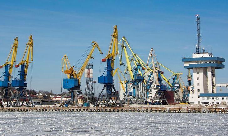 Морские порты увеличили обработку грузов на 13%